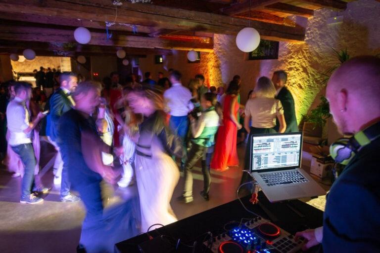 Riccio DJ wedding Whispers